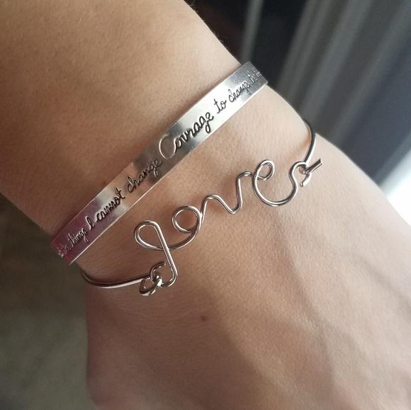 """Farah Jewelry Jewelry - Silver """"Love"""" Hook Bracelet"""